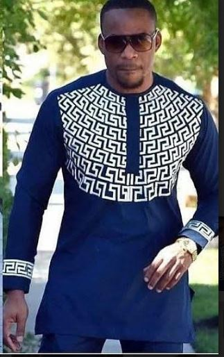 a9ccf1281 African Traditional Wedding Dress Shirt | Navy Blue & White Dashiki Shirt